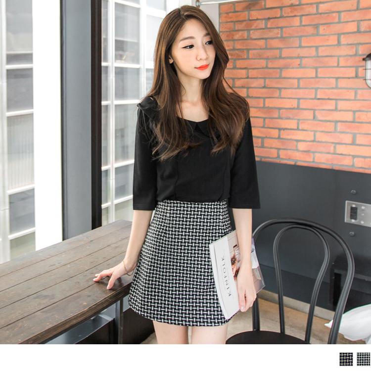 格紋線條修身圓襬短裙.2色