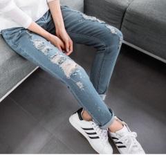 嚴選破損感設計窄管牛仔褲
