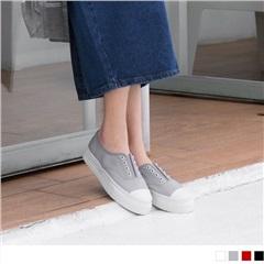 0815新品 素色穿孔造型簡約百搭帆布鞋.4色