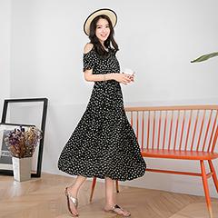 【春夏斷碼♥2件55折】質感印花面料挖肩設計長洋裝