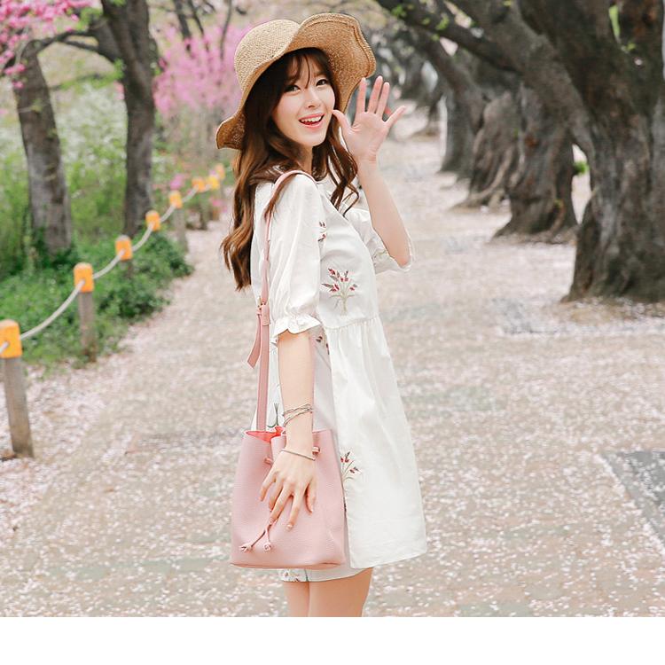 花草刺繡高含棉縮口五分袖圓領寬鬆洋裝