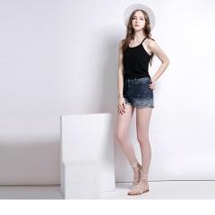 【仲夏狂歡特賣】珠飾反摺造型漸層牛仔短褲.1色
