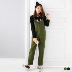 素色排釦雙口袋造型吊帶連身長褲.2色