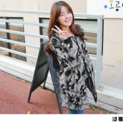 0221新品 迷彩印花絨毛質感字母貼布造型寬鬆長版棒球外套.2色