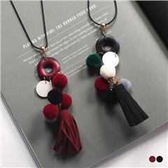 【特價款】 繽紛毛球流蘇綴飾X木質圓環長項鍊.2色
