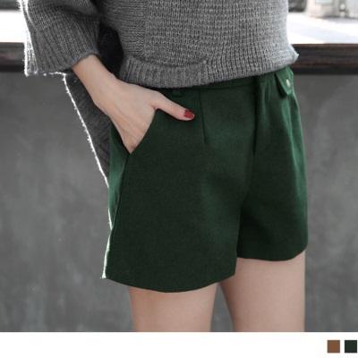 0220新品 素色毛呢質感口袋造型打摺短褲.2色