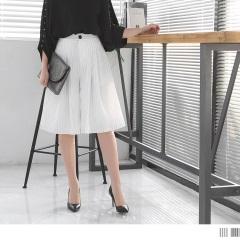 0526新品 知性直條紋打摺設計後腰鬆緊五分寬褲.2色
