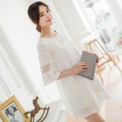 0609新品 局部鏤空純白蕾絲緹花棉感抓皺五分寬袖洋裝