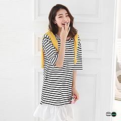 0328新品 拼接抓皺裙襬橫條紋綴英文刺繡高含棉五分袖洋裝.2色