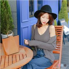 0224新品 兩件式純色針織V領背心X珍珠釦飾外套.3色