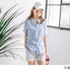 0613新品 高棉量配色直條紋立領雙口袋設計五分袖寬鬆襯衫.2色
