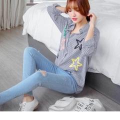 0427新品 配色直條紋星星刺繡棉感長版襯衫