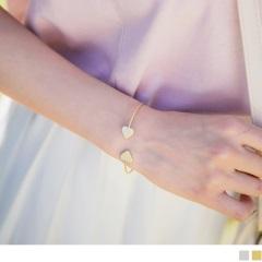 0322新品 【特價款】 霧面質感金屬愛心造型細手環.2色