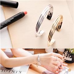 0406新品 質感金屬不規則層次圓弧造型手環.2色