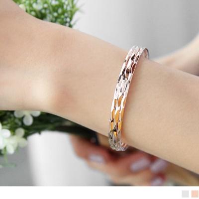 0615新品 【特價款】層次切割面優雅金屬手環.2色