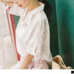 0607新品 浪漫鏤空蕾絲綴綁帶袖口造型排釦襯衫.2色