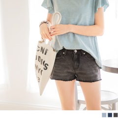【百搭單品♥現折50】質感刷色破損造型抽鬚牛仔短褲.3色