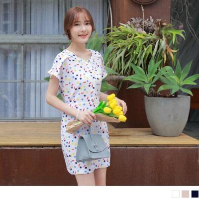 0605新品 領口綴釦腰間蝴蝶結綁帶清新印花雪紡洋裝.3色