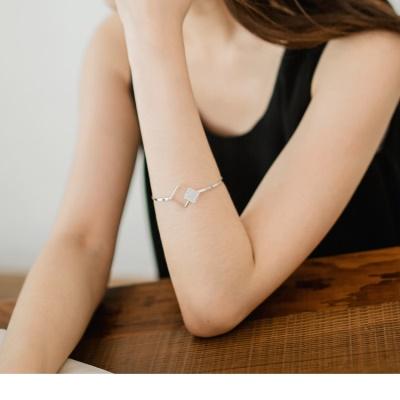 0623新品 【特價款】亮面金屬大小菱格綴碎鑽層次手環