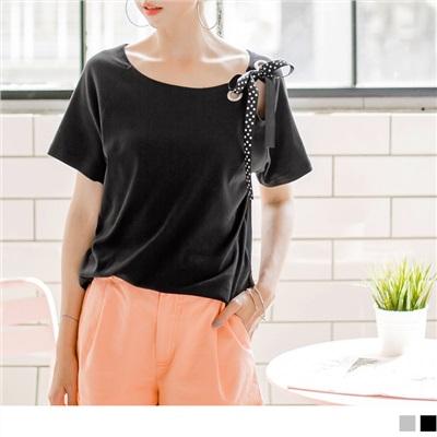 0626新品 台灣製造.甜美水玉點點蝴蝶結綁帶綴雙圈寬領上衣.2色