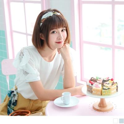 0704新品 質感純色綴鏤空蕾絲緹花荷葉袖口造型雪紡上衣.2色