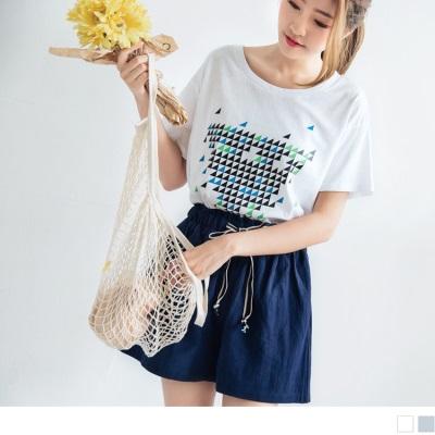 0707新品 不規則幾何圖形印花高含棉親膚圓領上衣.2色