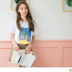 【周末限定♥現折100】純色仙人掌字母刷破感燙印衣襬開衩長版圓領上衣.2色