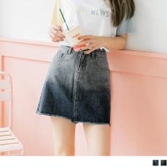 0818新品 個性漸層刷色設計高含棉不收邊下襬水洗牛仔短裙.2色
