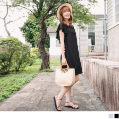 0623新品 質感純色荷葉袖背後鏤空挖洞造型洋裝.2色