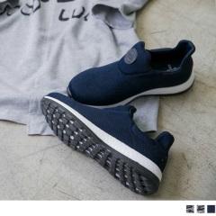 太空羽絨極輕系列~素色/迷彩輕量休閒運動鞋.3色