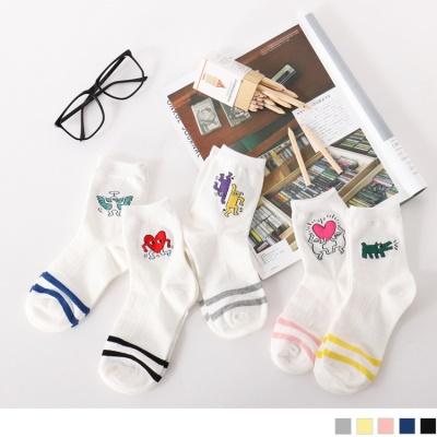 0609新品 【特價款】韓國可愛印花配色橫條紋短筒襪.5色