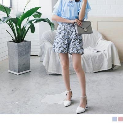浪漫花朵圖案後腰鬆緊打褶造型棉麻短褲.2色