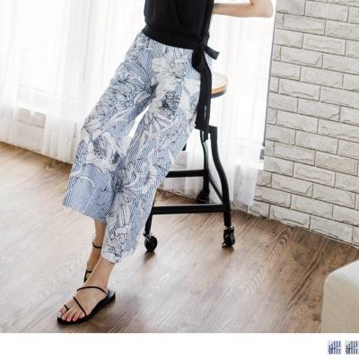 0719新品 腰圍鬆緊直條紋綴花朵印花高含棉寬褲.2色