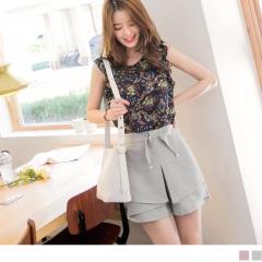 0817新品 質感純色蝴蝶結綴珍珠造型腰圍鬆緊片裙設計短褲.2色