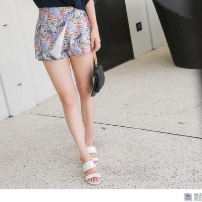 0724新品 滿版繽紛印花後腰鬆緊一片裙造型短褲.2色