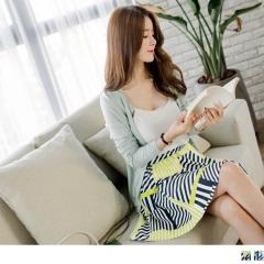 0817新品 附綁帶撞色條紋圖案腰圍鬆緊傘襬短褲裙.2色