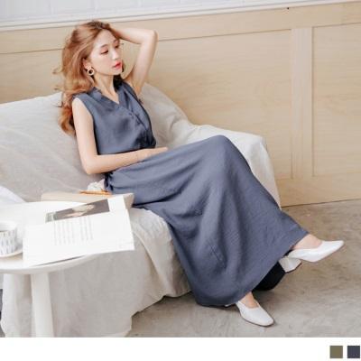0725新品 附綁帶排釦V領縮腰設計純色無袖長洋裝.2色