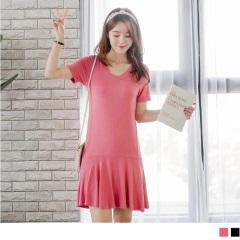 0811新品 質感純色V領口美背設計拼接魚尾裙襬造型洋裝.2色