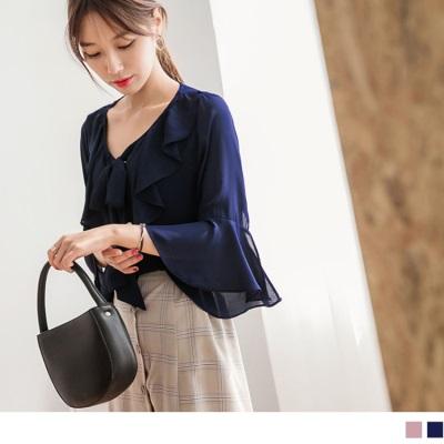 【新品折20】胸前蝴蝶結綁帶荷葉造型喇叭袖雪紡上衣.2色