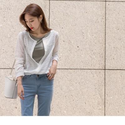 【新品折20】前襟排釦下襬鬆緊高含棉浪漫雕花上衣