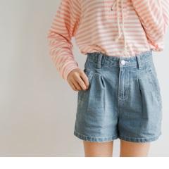 0922新品 高含棉打褶設計牛仔短褲