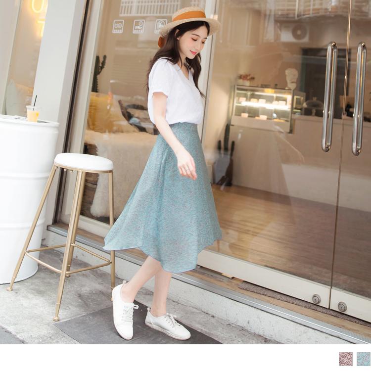 雪紡裙襬不對稱設計細緻葉子印花裙