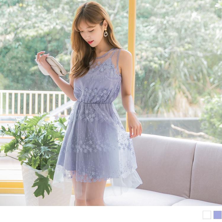 微透膚蕾絲雕花網紗拼接純色背心洋裝/小禮服