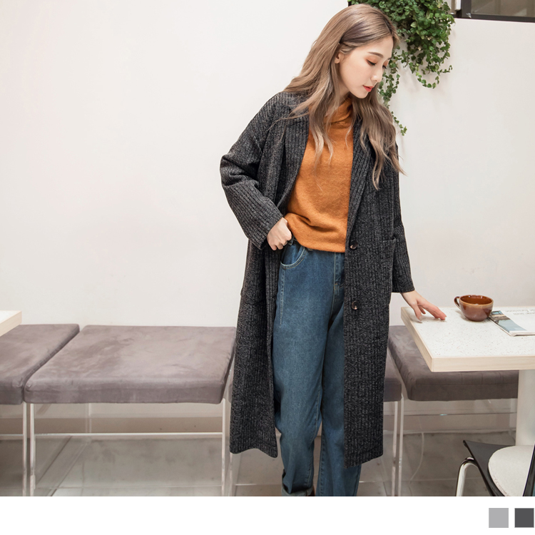 俐落質感豎壓紋長版西裝外套