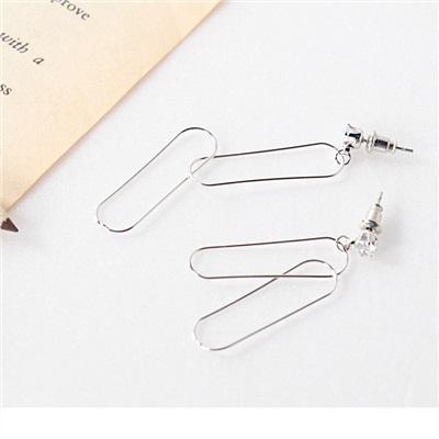 0930新品【特價款】垂墜兩拼接距型設計耳環