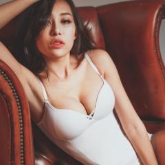 薄蕾絲-Hi Cool 小姿女孩-細肩帶無鋼圈塑身衣(白)
