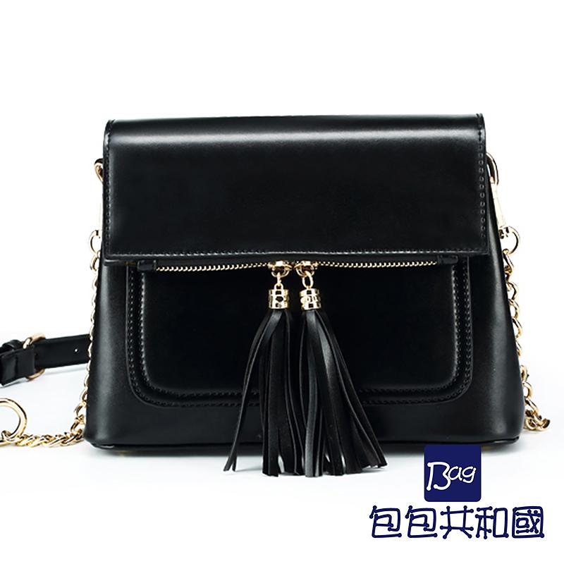 包包共和国-韩版流苏造型皮革斜背錬条侧背小方包(B9024)