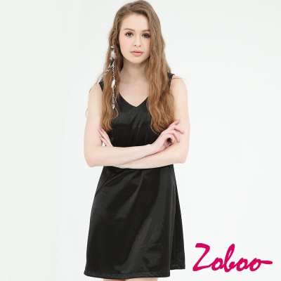 ZOBOO-簡約寬擺亮面修身洋裝合身小禮服(Q5013)
