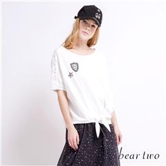 beartwo 網路獨家款-趣味布標下擺綁帶造型連袖上衣(二色)
