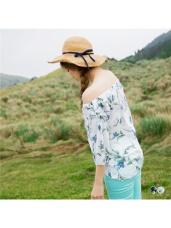 手繪風花朵印花鬆緊一字領綴綁帶七分袖上衣.2色